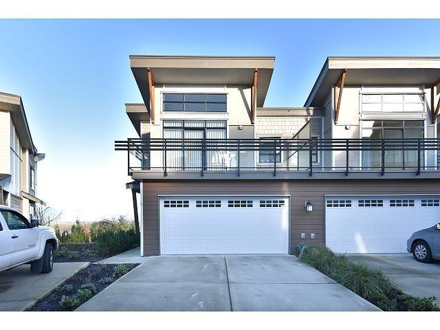 R2020393 - 5 9989 E BARNSTON DRIVE, Fraser Heights, Surrey, BC - Townhouse