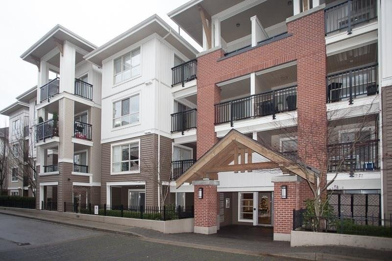 R2022085 - C414 8929 202 STREET, Walnut Grove, Langley, BC - Apartment Unit