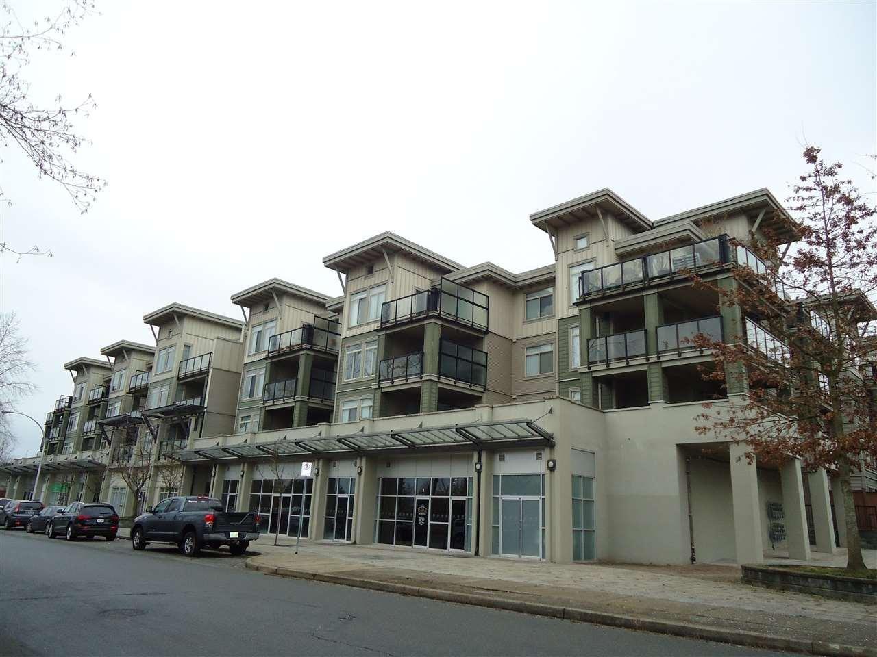 R2024981 - 211 10180 153 STREET, Guildford, Surrey, BC - Apartment Unit