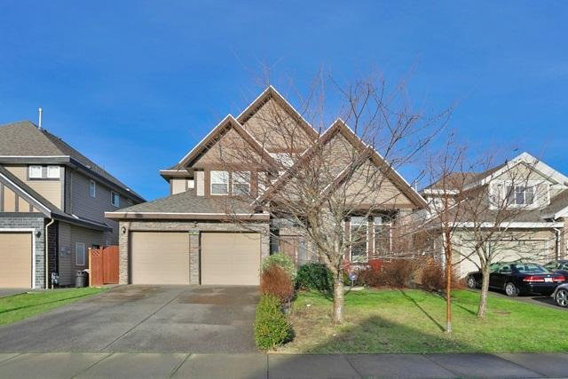 R2026103 - 19673 71A AVENUE, Willoughby Heights, Langley, BC - House/Single Family
