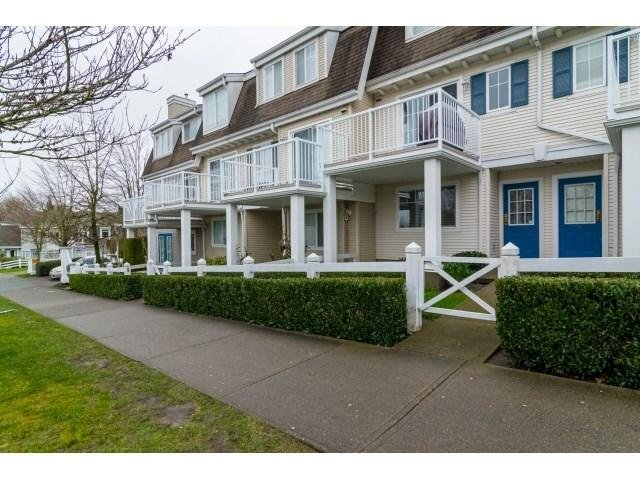 R2030690 - 4 8890 WALNUT GROVE DRIVE, Walnut Grove, Langley, BC - Townhouse