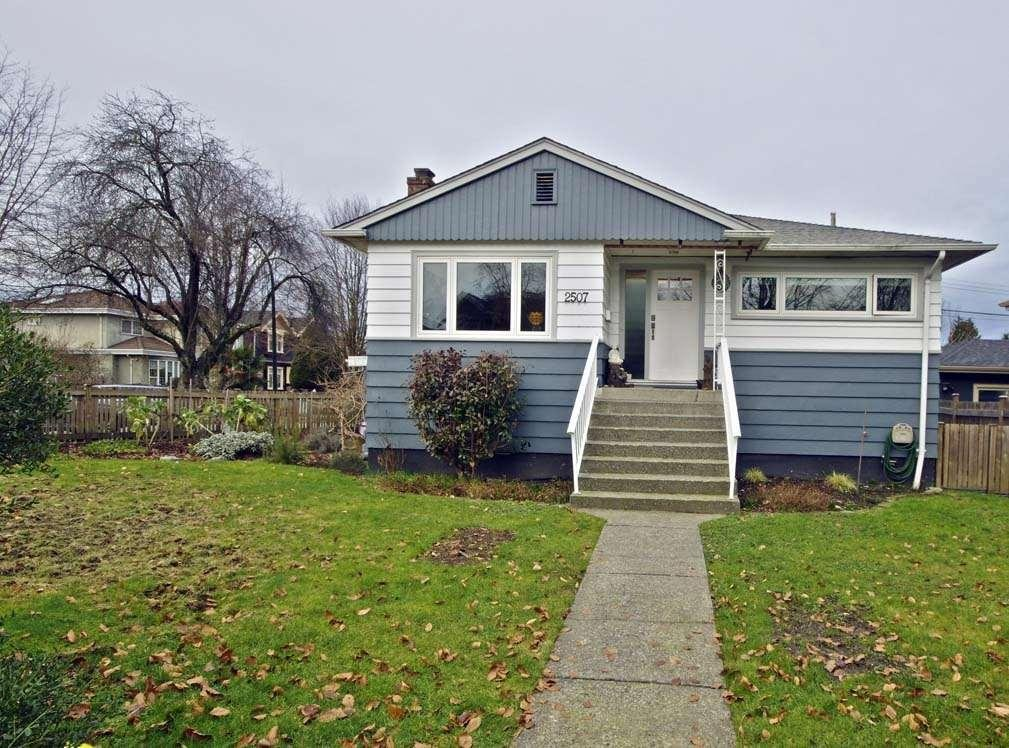 R2032304 - 2507 E 17TH AVENUE, Renfrew Heights, Vancouver, BC - House/Single Family