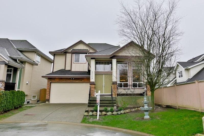 R2032598 - 17164 65 AVENUE, Cloverdale BC, Surrey, BC - House/Single Family