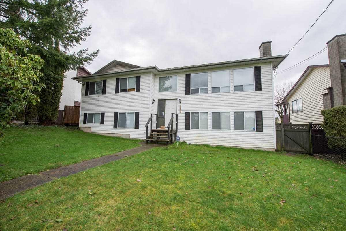 R2035851 - 18224 64 AVENUE, Cloverdale BC, Surrey, BC - House/Single Family