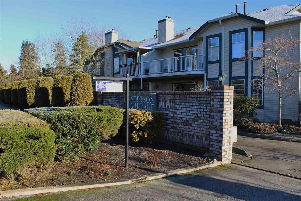 R2046455 - 10 5770 174 STREET, Cloverdale BC, Surrey, BC - Townhouse