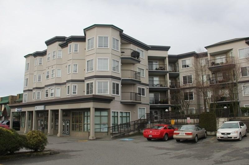 R2047493 - 412 5759 GLOVER ROAD, Langley City, Langley, BC - Apartment Unit