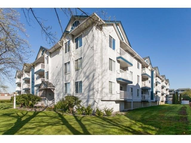 R2050755 - 202 17695 58 AVENUE, Cloverdale BC, Surrey, BC - Apartment Unit