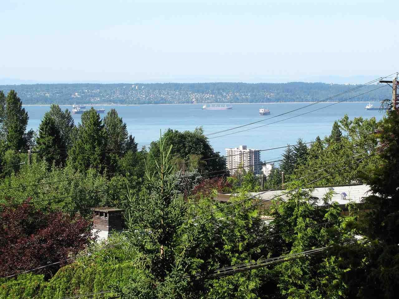R2050773 - 1085 PALMERSTON AVENUE, British Properties, West Vancouver, BC - House/Single Family