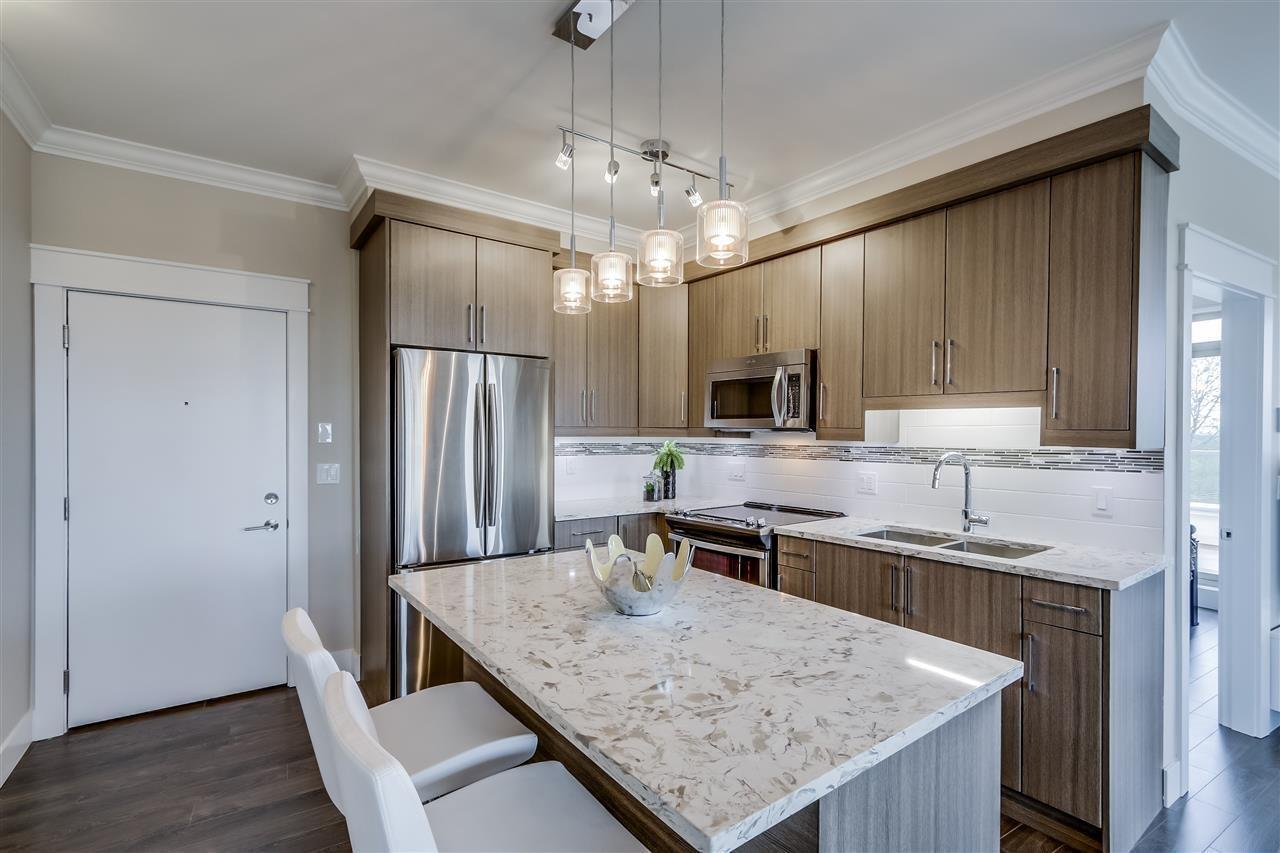 R2052032 - 412 19228 64 AVENUE, Cloverdale BC, Surrey, BC - Apartment Unit
