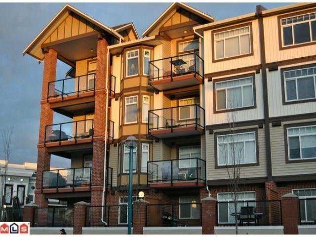 R2054057 - 219 5650 201A STREET, Langley City, Langley, BC - Apartment Unit