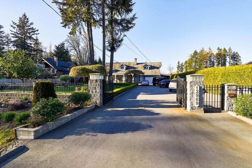 R2054448 - 13969 56 AVENUE, Panorama Ridge, Surrey, BC - House/Single Family