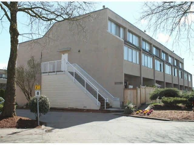 R2055315 - 3 17700 60 AVENUE, Cloverdale BC, Surrey, BC - Townhouse
