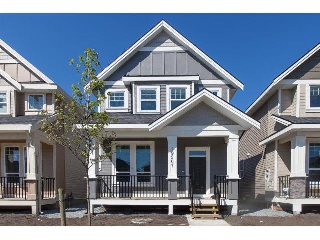 R2059404 - 19567 72 AVENUE, Clayton, Surrey, BC - House/Single Family