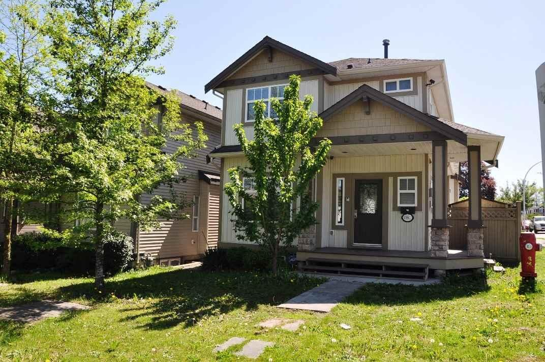 R2059996 - 15902 88 AVENUE, Fleetwood Tynehead, Surrey, BC - House/Single Family