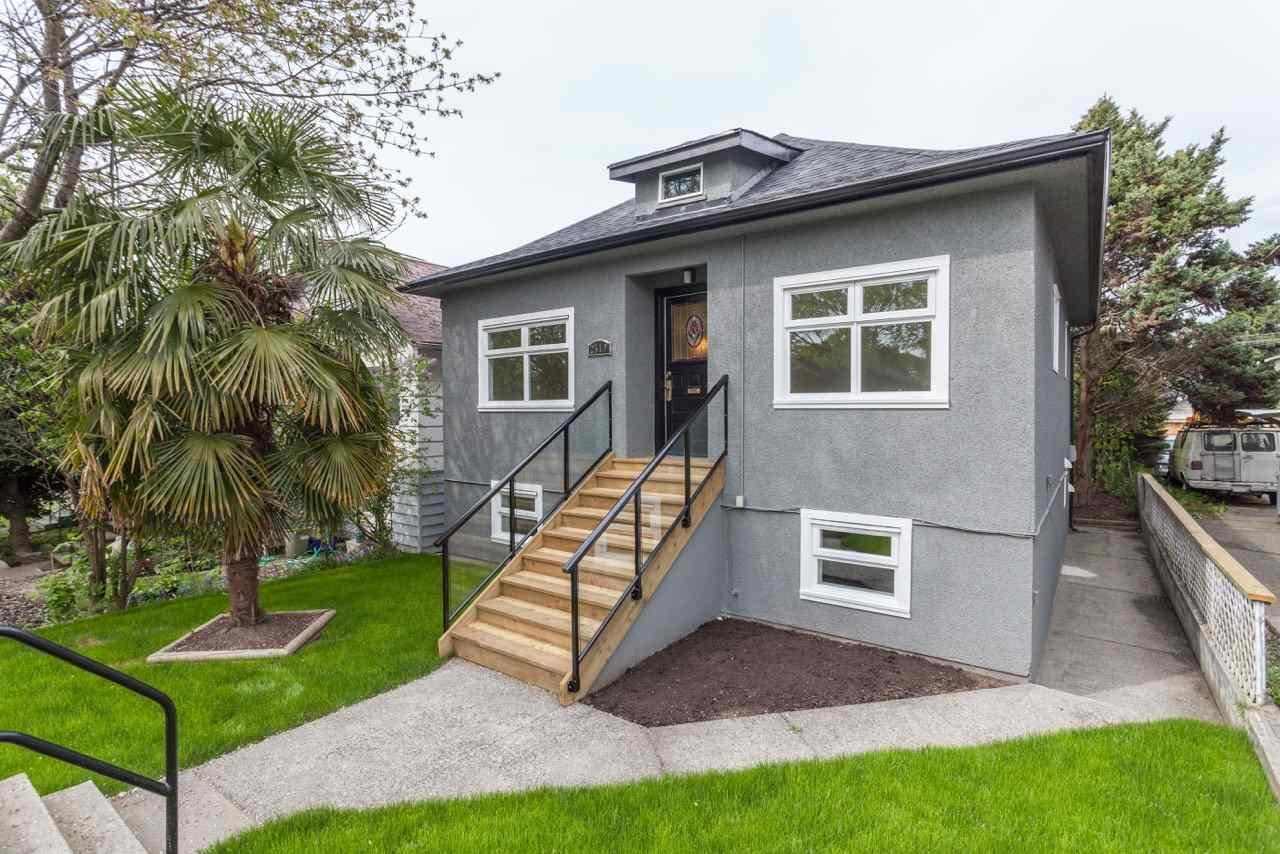 R2061769 - 2519 DUNDAS STREET, Hastings East, Vancouver, BC - House/Single Family