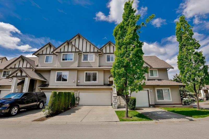 R2061851 - 26 18181 68 AVENUE, Cloverdale BC, Surrey, BC - Townhouse