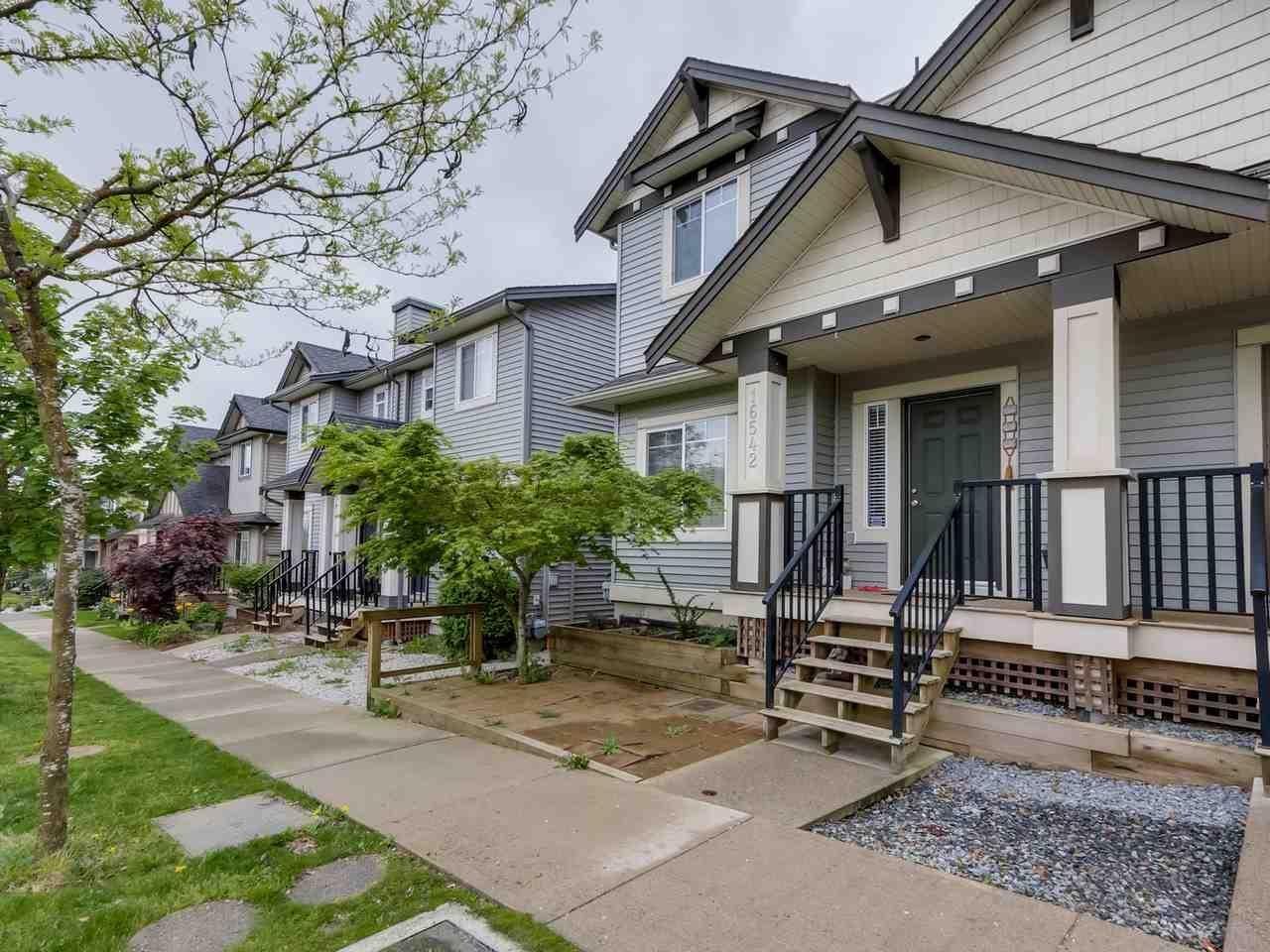 R2062431 - 16542 60 AVENUE, Cloverdale BC, Surrey, BC - 1/2 Duplex