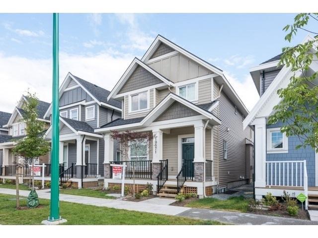 R2062905 - 19571 72 AVENUE, Clayton, Surrey, BC - House/Single Family