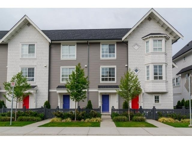 R2062987 - 17 8438 207A STREET, Willoughby Heights, Langley, BC - Townhouse