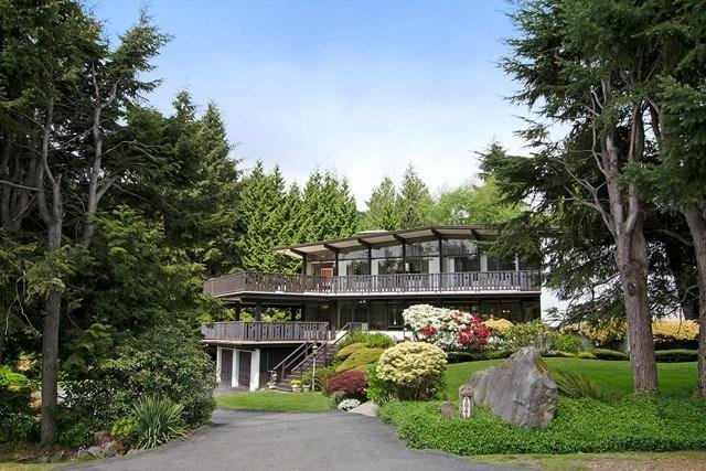 R2064354 - 1041 GROVELAND ROAD, British Properties, West Vancouver, BC - House with Acreage