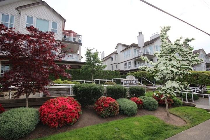 R2065928 - 208 17740 58A AVENUE, Cloverdale BC, Surrey, BC - Apartment Unit