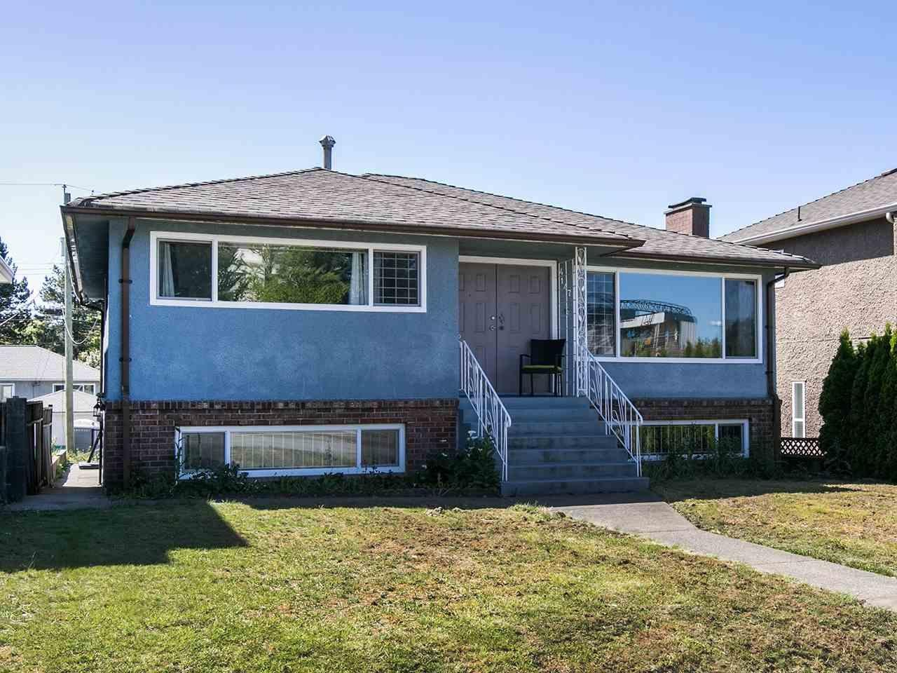 R2067686 - 4147 NANAIMO STREET, Victoria VE, Vancouver, BC - House/Single Family