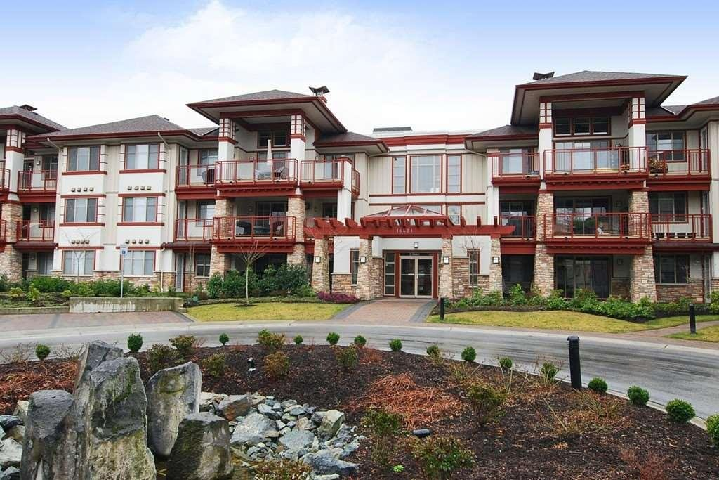 R2067884 - 105 16421 64 AVENUE, Cloverdale BC, Surrey, BC - Apartment Unit