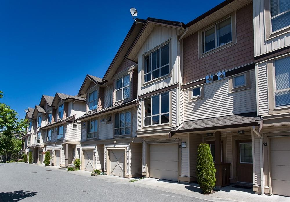 R2068520 - 20 20350 68 AVENUE, Willoughby Heights, Langley, BC - Townhouse