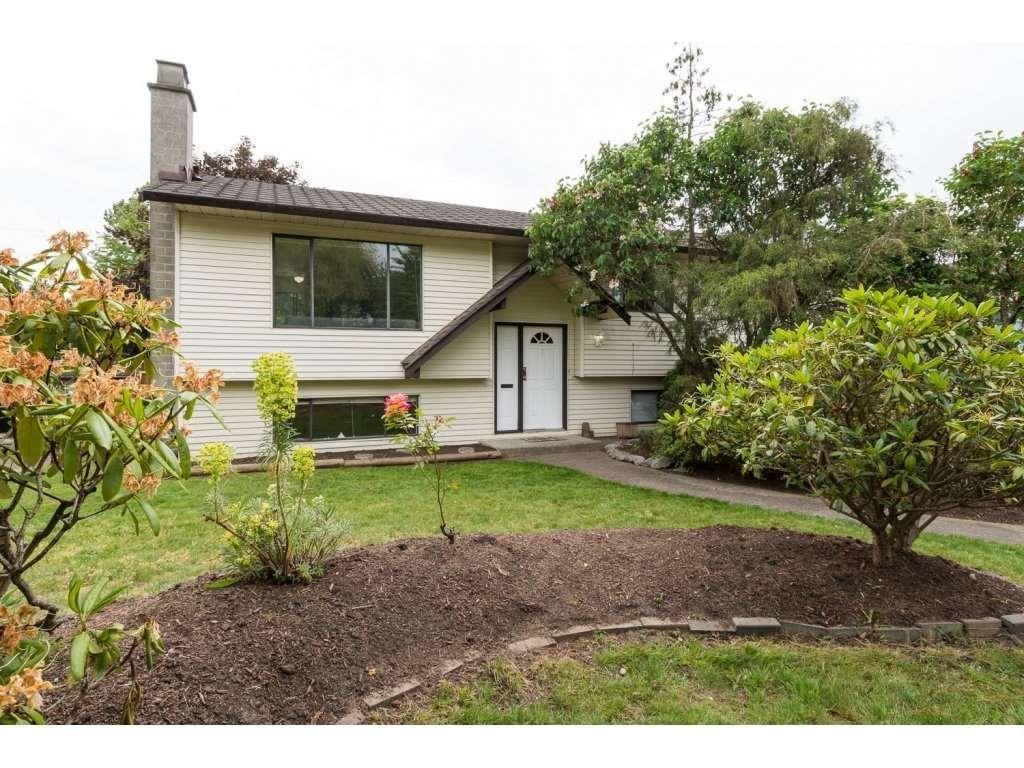 R2068787 - 18262 56A AVENUE, Cloverdale BC, Surrey, BC - House/Single Family