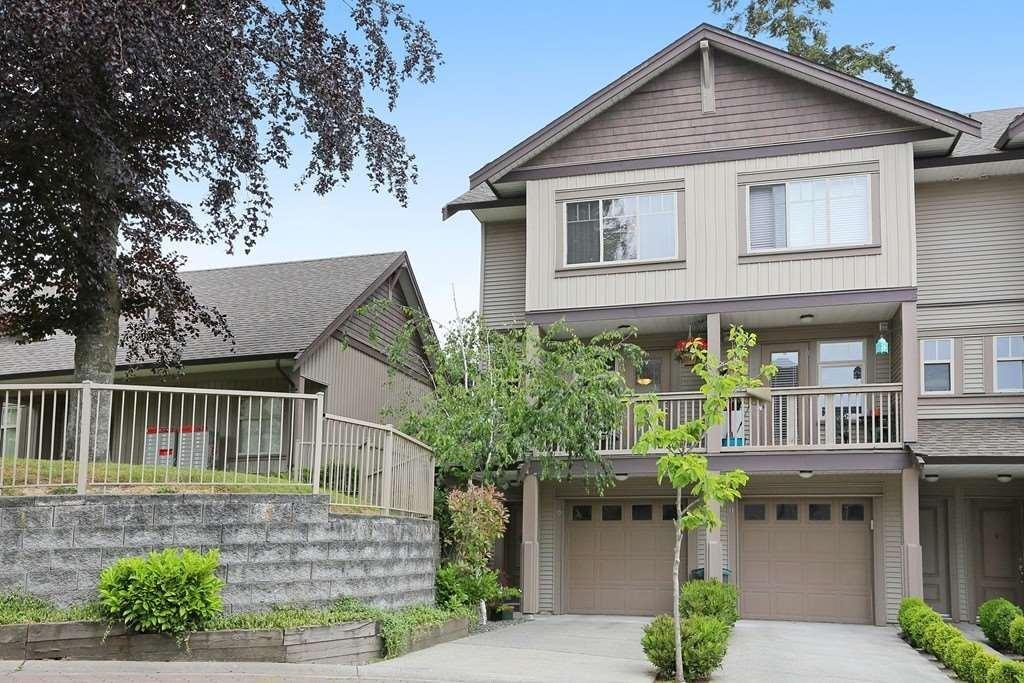 R2069322 - 10 6238 192 STREET, Cloverdale BC, Surrey, BC - Townhouse