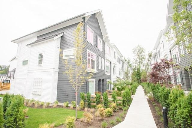 R2070767 - 32 15340 GUILDFORD DRIVE, Guildford, Surrey, BC - Townhouse