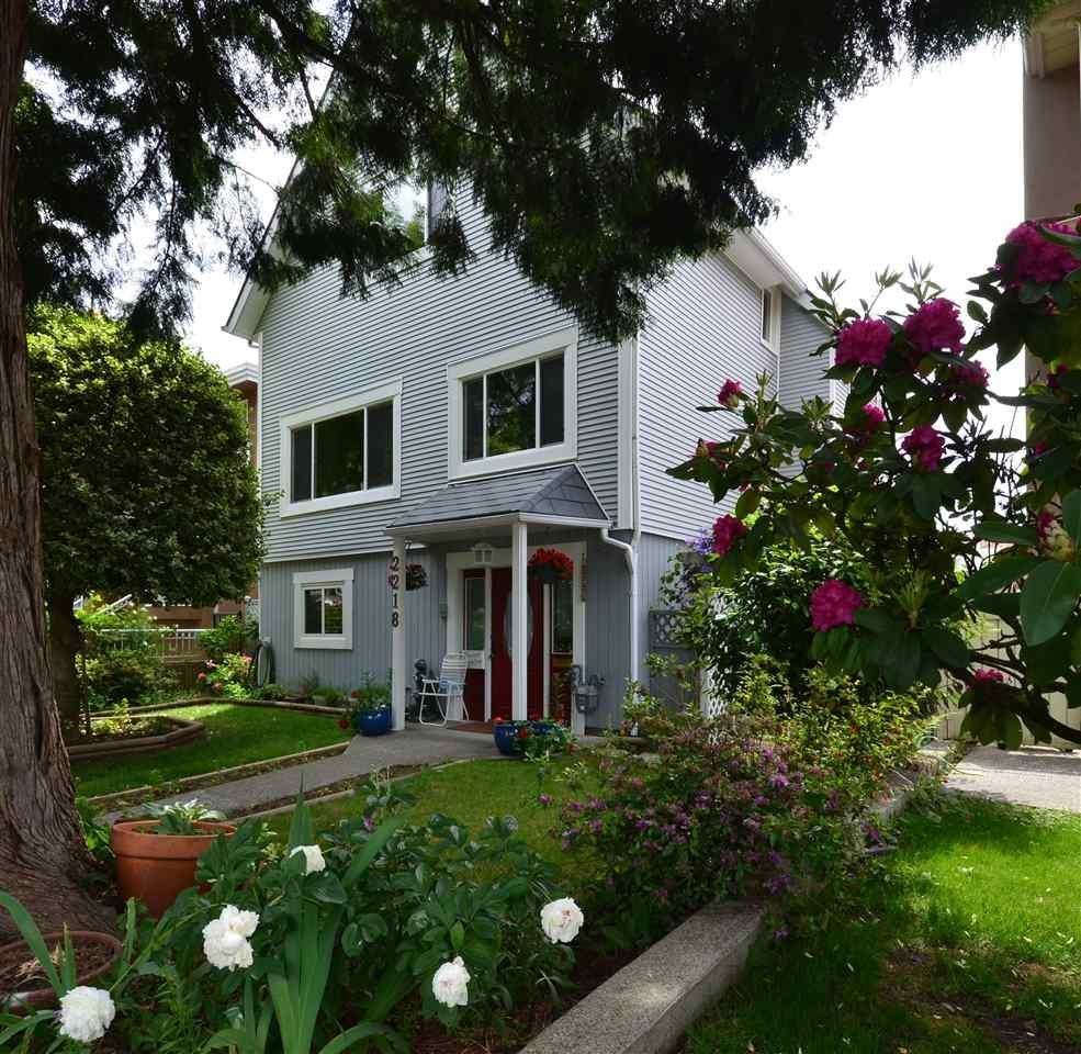 R2071450 - 2218 E 38TH AVENUE, Victoria VE, Vancouver, BC - House/Single Family