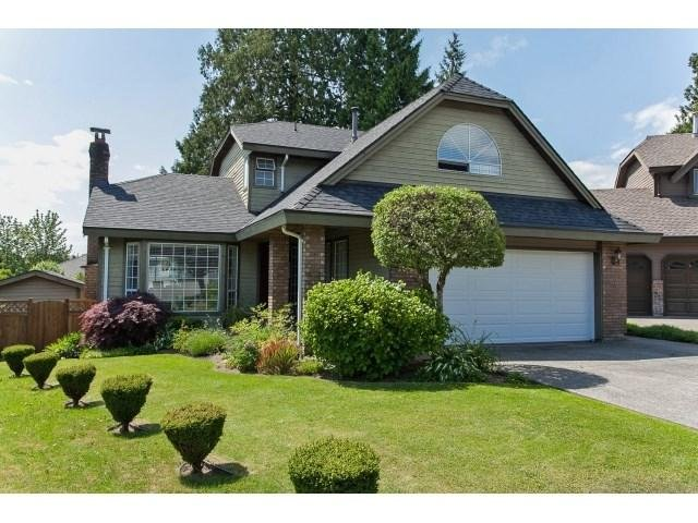 R2071815 - 10471 GLENBROOK GROVE, Fraser Heights, Surrey, BC - House/Single Family