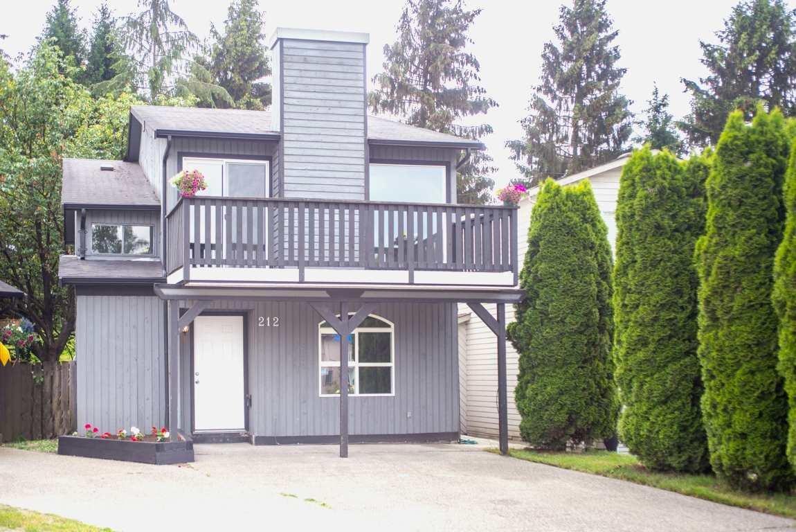 R2071937 - 212 DAVIS CRESCENT, Aldergrove Langley, Langley, BC - House/Single Family
