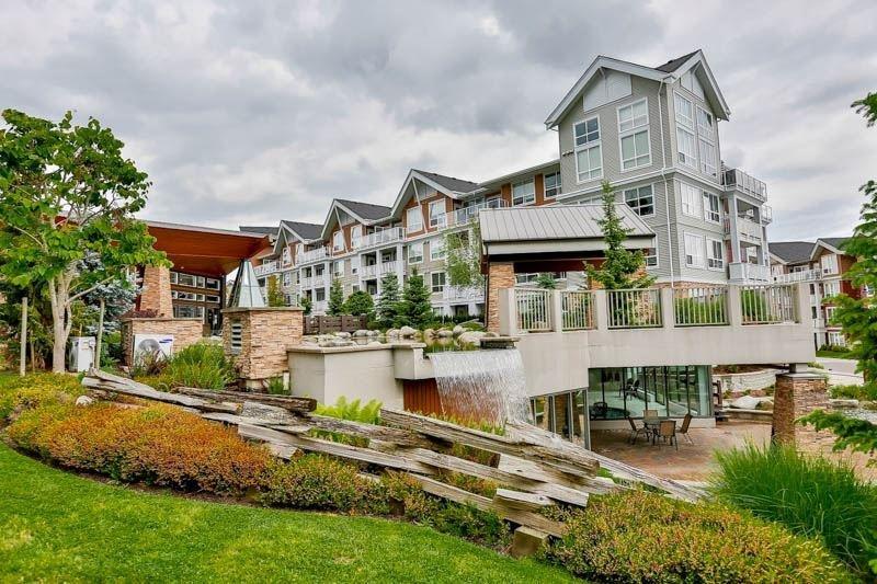 R2072732 - 105 6420 194 STREET, Clayton, Surrey, BC - Apartment Unit