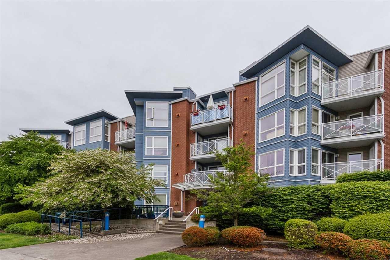 R2073131 - 409 20245 53 AVENUE, Langley City, Langley, BC - Apartment Unit
