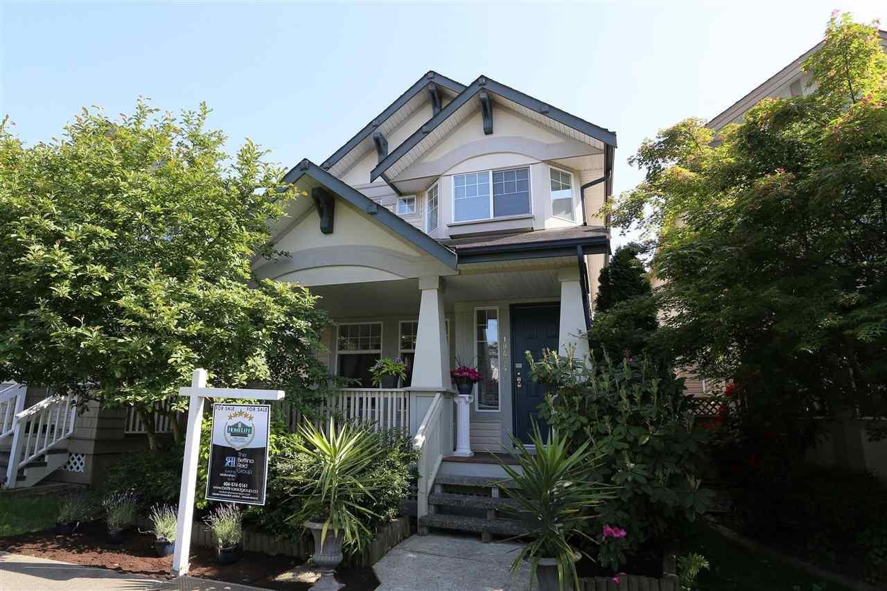 R2073262 - 18474 66A AVENUE, Cloverdale BC, Surrey, BC - House/Single Family
