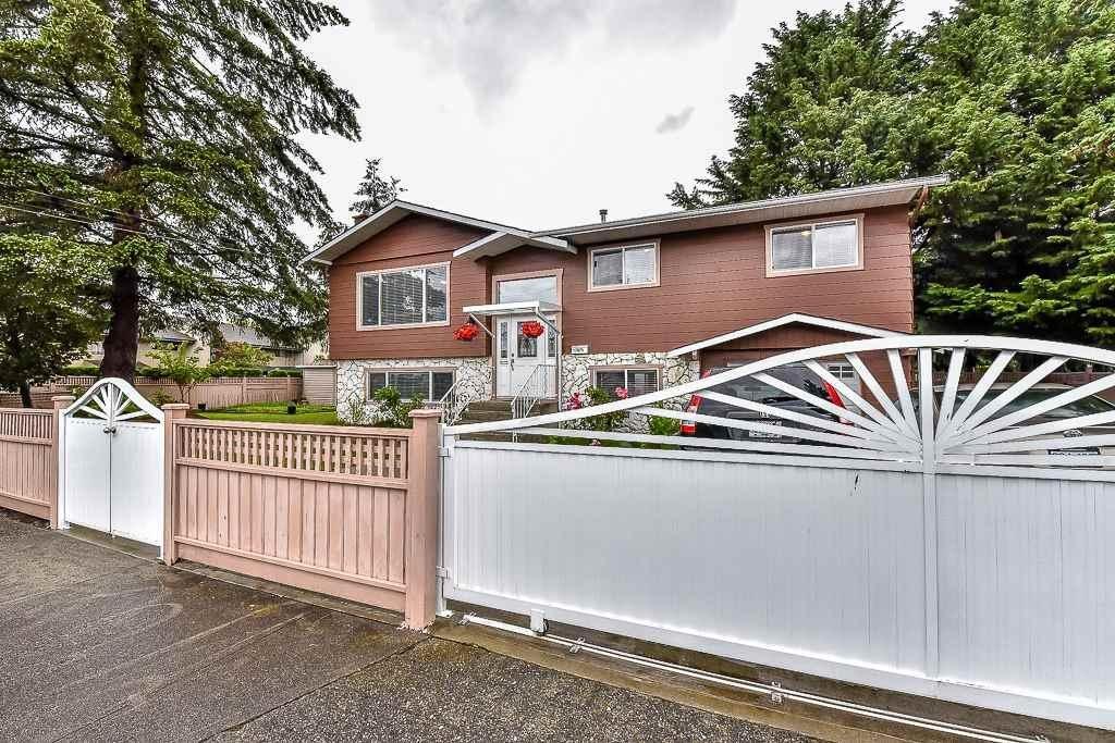 R2073396 - 17875 58 AVENUE, Cloverdale BC, Surrey, BC - House/Single Family