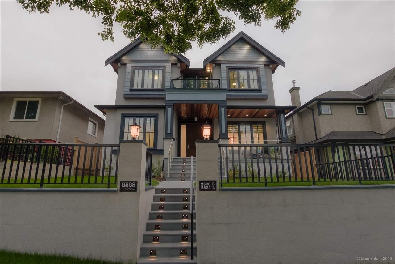 R2073875 - 2526-2528 E 19TH AVENUE, Renfrew Heights, Vancouver, BC - House/Single Family