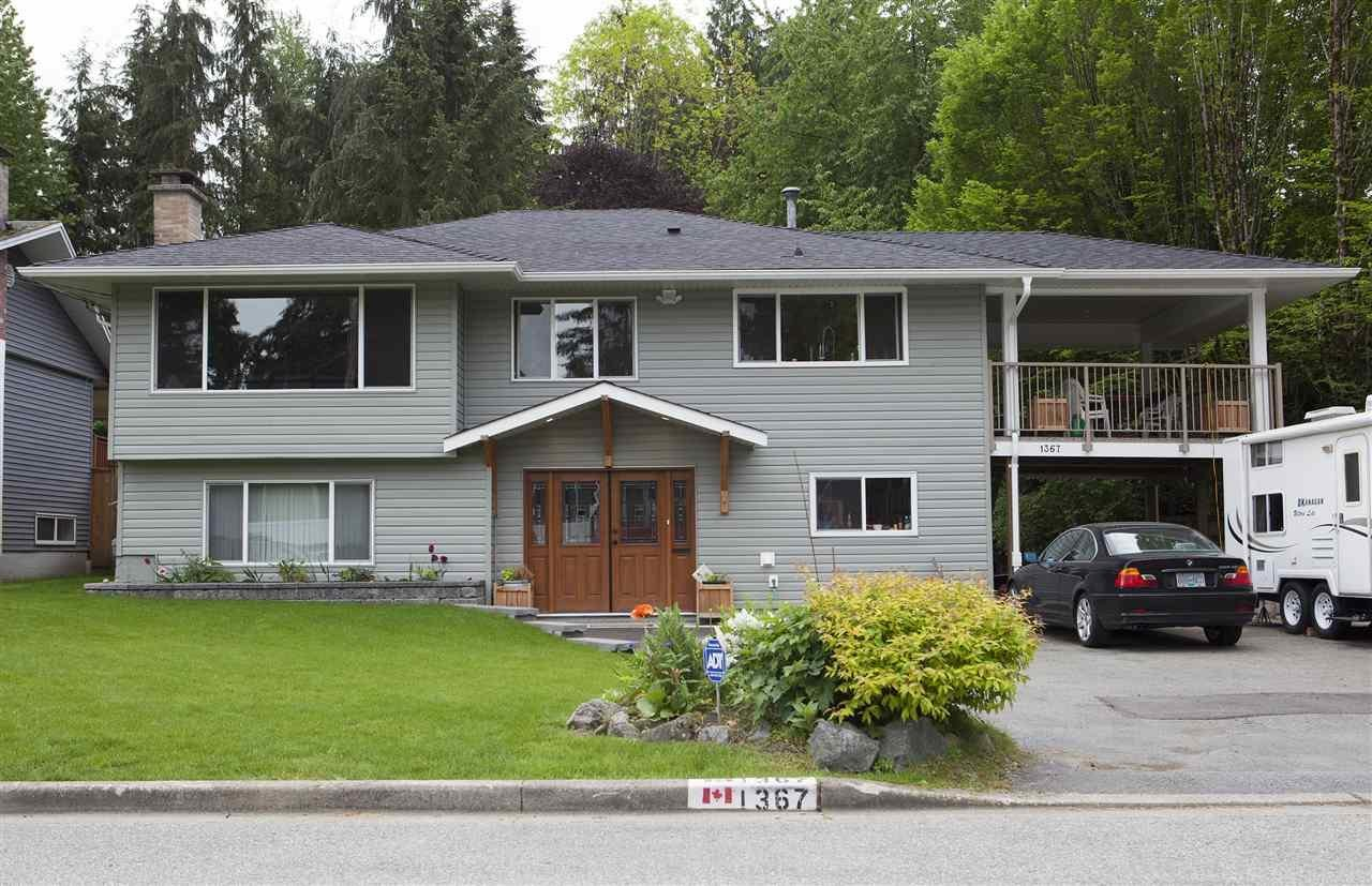 R2074710 - 1367 CHUCKART PLACE, Westlynn, North Vancouver, BC - House/Single Family