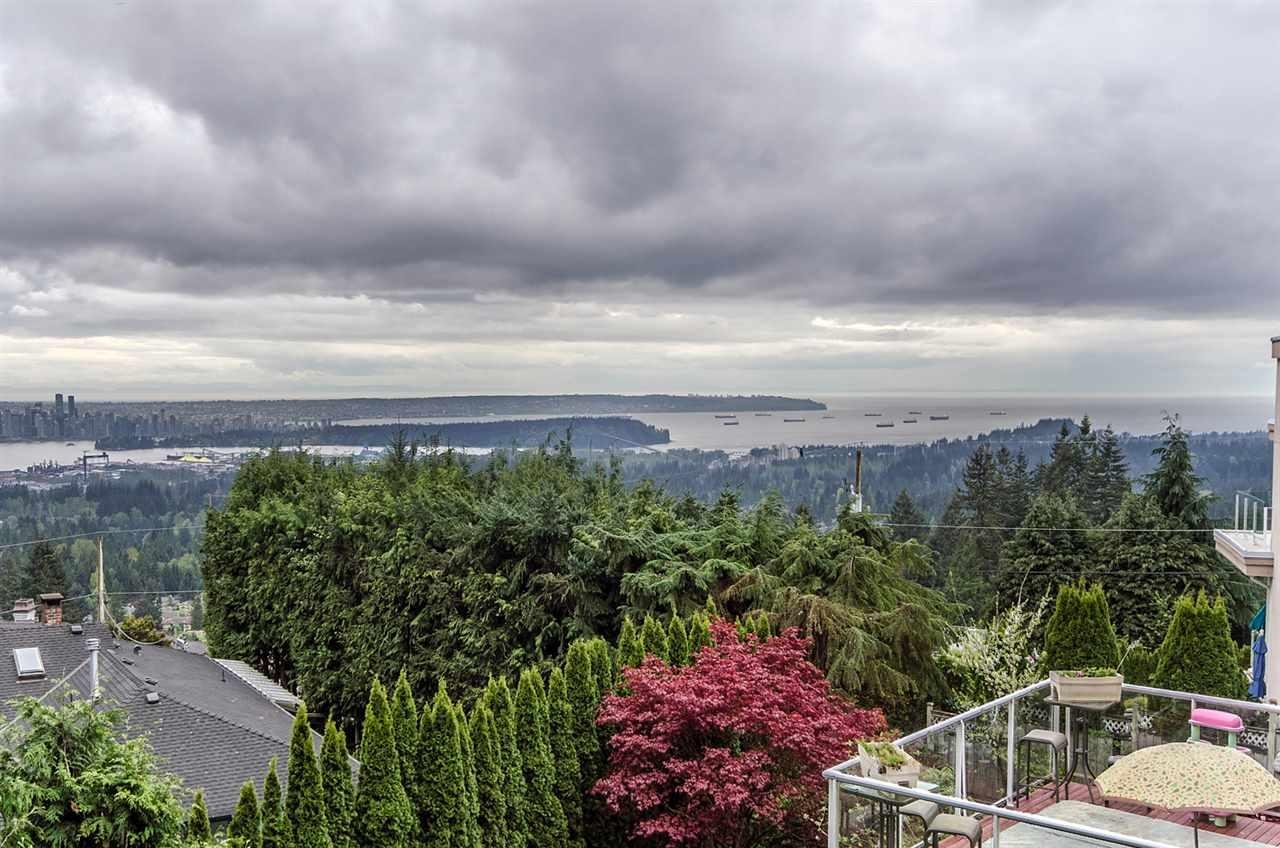 R2075162 - 303 BEAVER ROAD, Upper Delbrook, North Vancouver, BC - House/Single Family