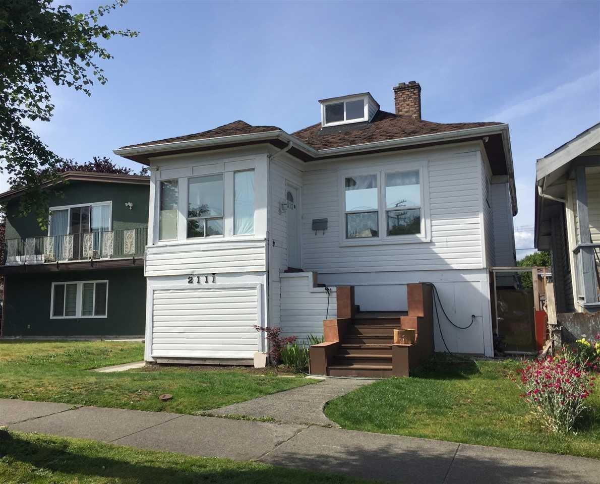 R2075548 - 2111 E 29TH AVENUE, Victoria VE, Vancouver, BC - House/Single Family