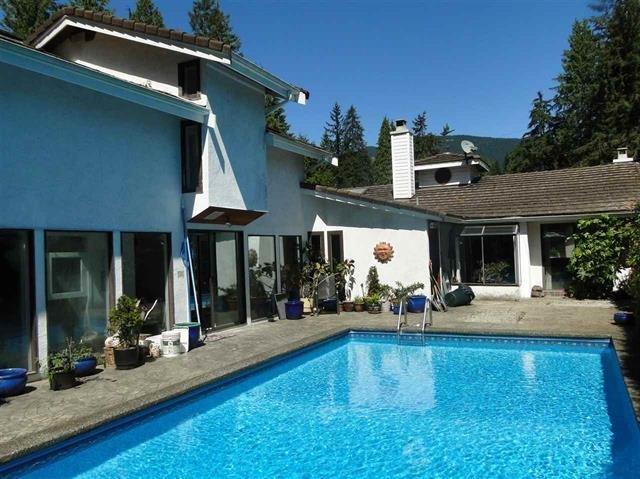 R2076374 - 3205 ST. ANNES DRIVE, Capilano NV, North Vancouver, BC - House/Single Family