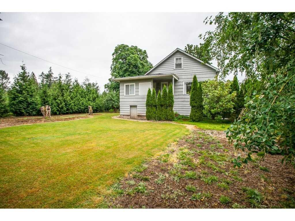 R2079048 - 4093 216 STREET, Murrayville, Langley, BC - House with Acreage
