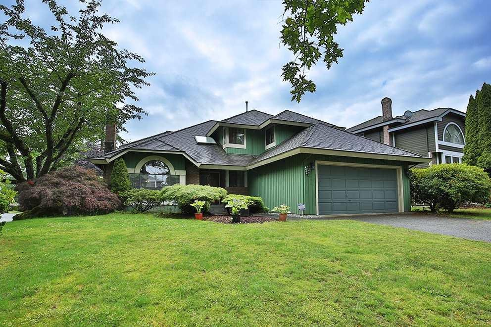 R2079254 - 10474 OAK GATE, Fraser Heights, Surrey, BC - House/Single Family