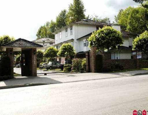 R2079631 - 10 10045 154 STREET, Guildford, Surrey, BC - Townhouse