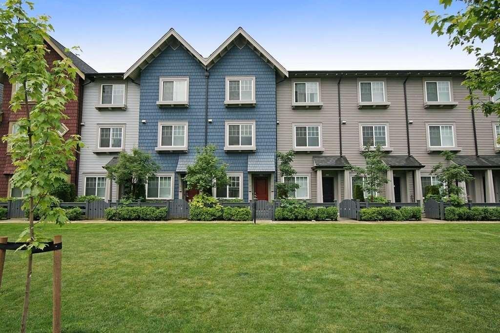 R2082157 - 11 6450 187 STREET, Cloverdale BC, Surrey, BC - Townhouse