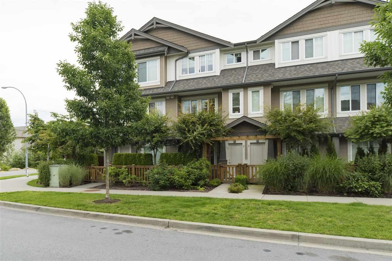 R2082858 - 2 8250 209B STREET, Willoughby Heights, Langley, BC - Townhouse