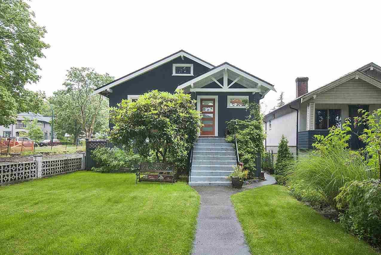 R2082882 - 2486 ETON STREET, Hastings East, Vancouver, BC - House/Single Family