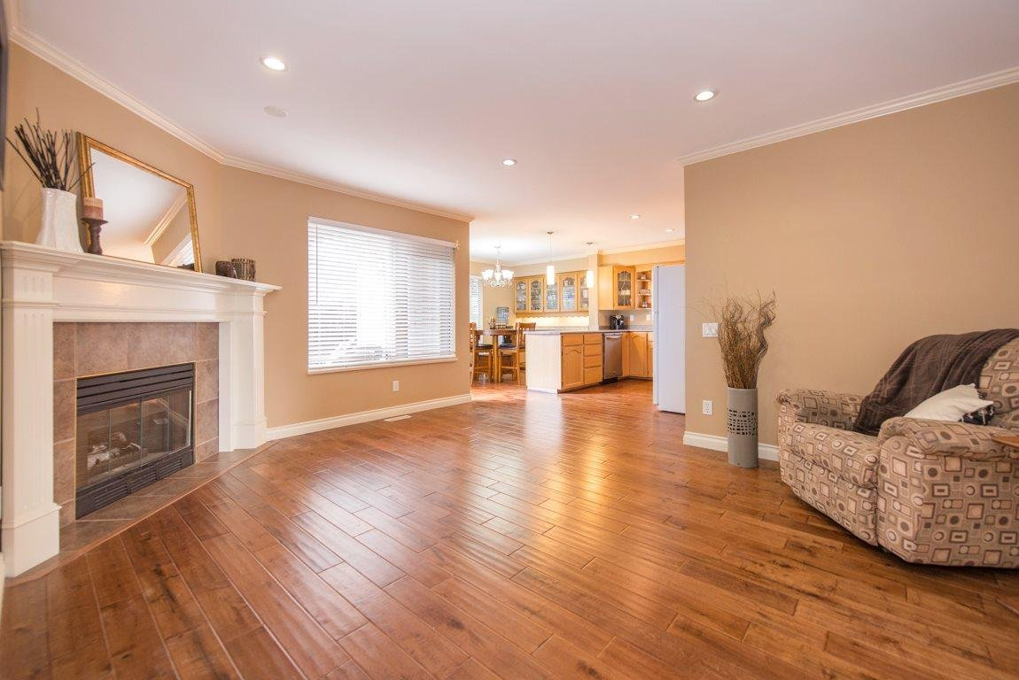 R2083982 - 5637 187A STREET, Cloverdale BC, Surrey, BC - House/Single Family